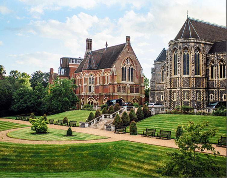 英国パブリックスクール留学:上流社会の世界を垣間見て